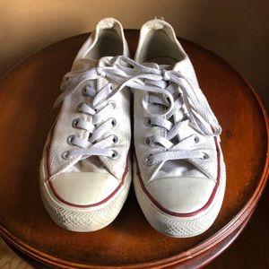 Women's size 6 low top white converse